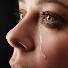 ženy často pláčou když prohrají svůj boj o muže